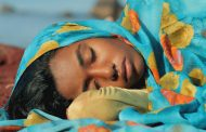 «هندی و هرمز»  کودکهمسری، کودکبیوگی و مرگ