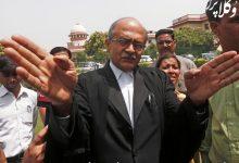 پراشانت بوشان ؛ وکیل هندی که به خاطر توییت هایش محکوم شد