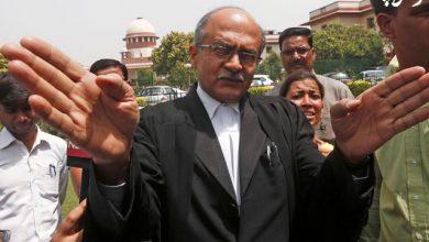تصویر از پراشانت بوشان ؛ وکیل هندی که به خاطر توییت هایش محکوم شد