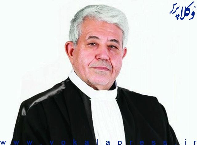 سلب حق اظهار نظر اعضای علی البدل کانون وکلای مرکز