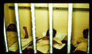 آزمایش زندان استنفورد - محل خواب زندانیان